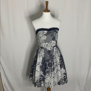 B&W A-line fit and flare floral dress